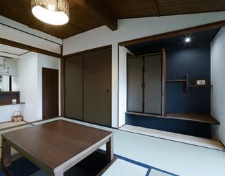 リビングに隣接した和室。の写真